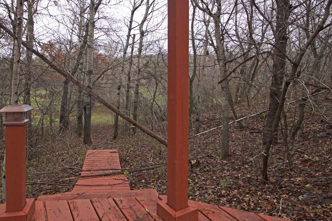 1 Back walkway 1