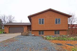 1013 Moonbeam Road, Hudson, WI  54016