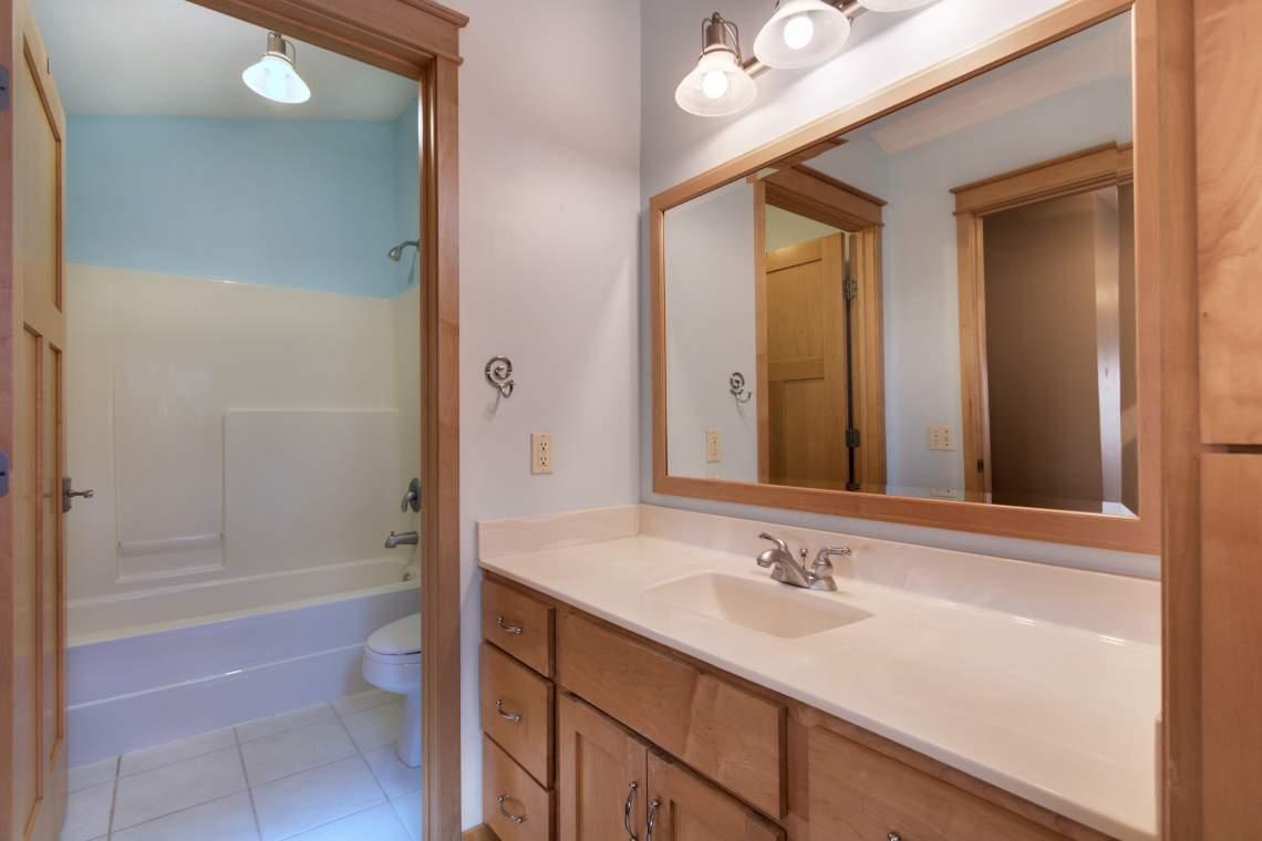 1_UL-Bath
