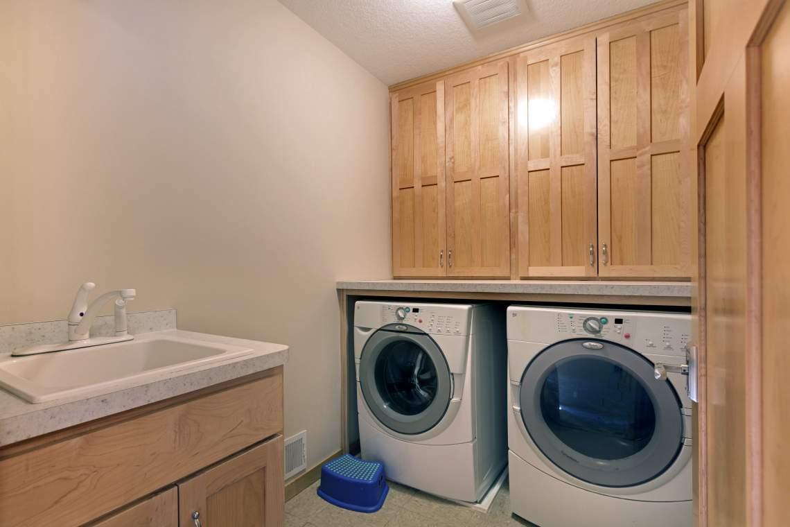 1_UL-Laundry