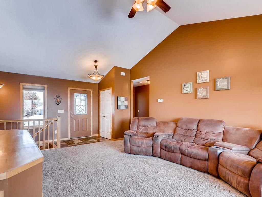 1240 Peninsula Road New-005-4-Living Room-MLS_Size