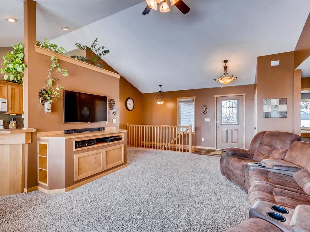 1240 Peninsula Road New-006-35-Living Room-MLS_Size