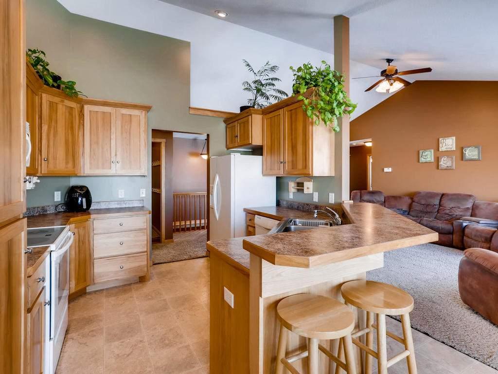1240 Peninsula Road New-010-18-Kitchen-MLS_Size