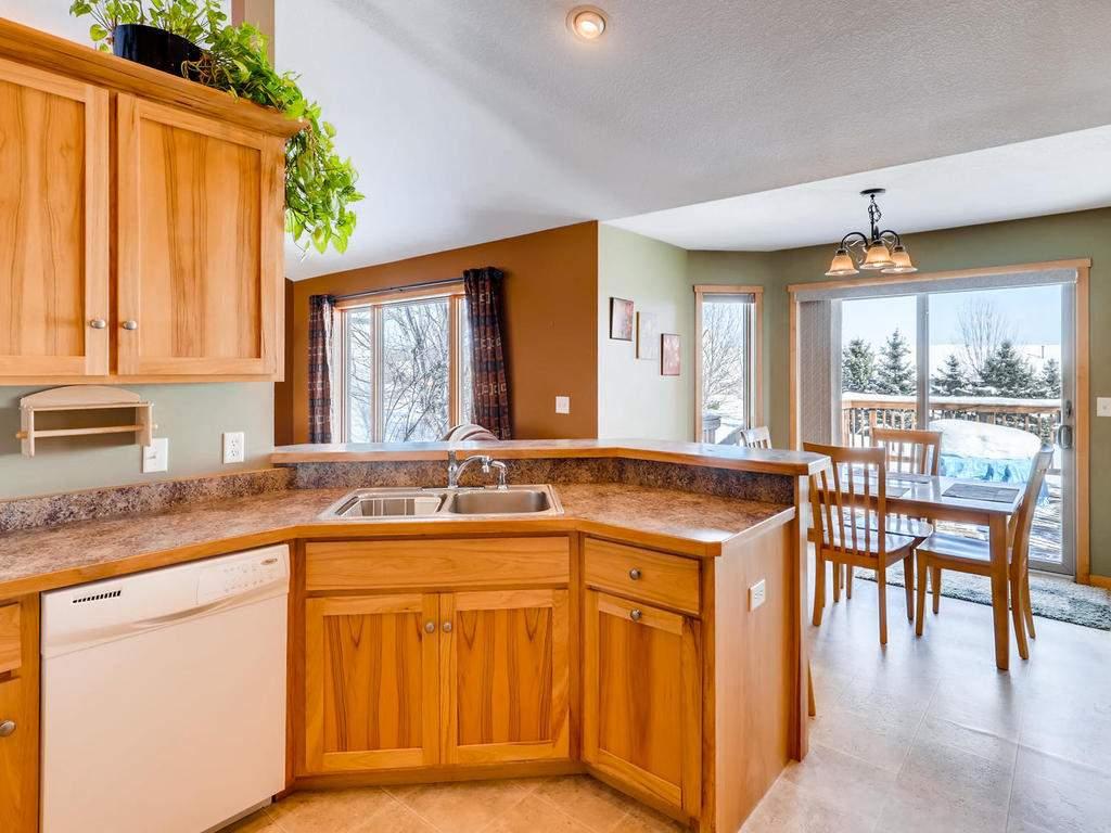 1240 Peninsula Road New-012-3-Kitchen-MLS_Size