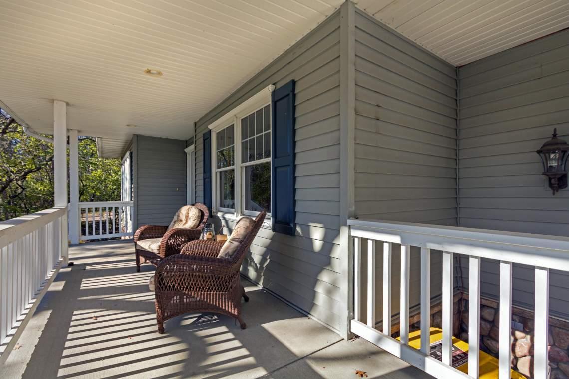 1 Front porch 2