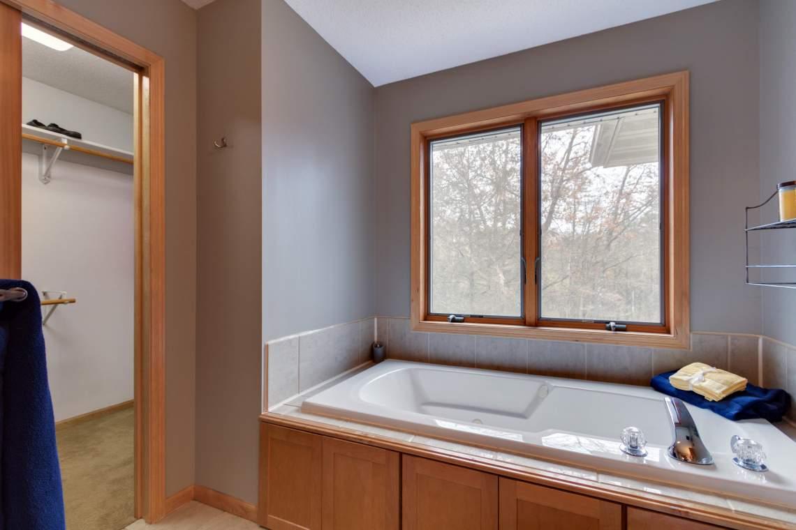 UL Master Bath 2