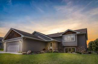 1867 Greenwood Valley Drive, River Falls, WI 54022