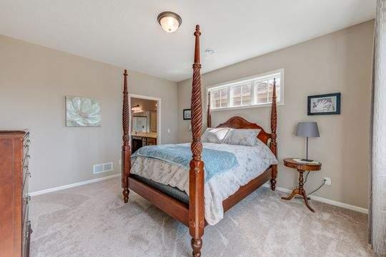2068_Bridle_Ct_Hudson-21-original-Master_Bedroom_540