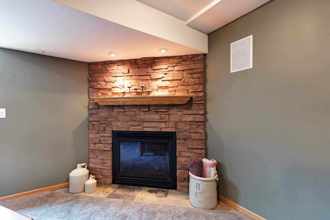 LL-Fireplace
