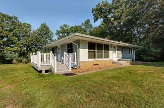 2244 Manning Trail N., Lake Elmo, MN 55042