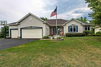 2323 Donegal Way, Hudson, WI  54016
