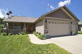643 Pine Ridge Terrace, River Falls WI 54022