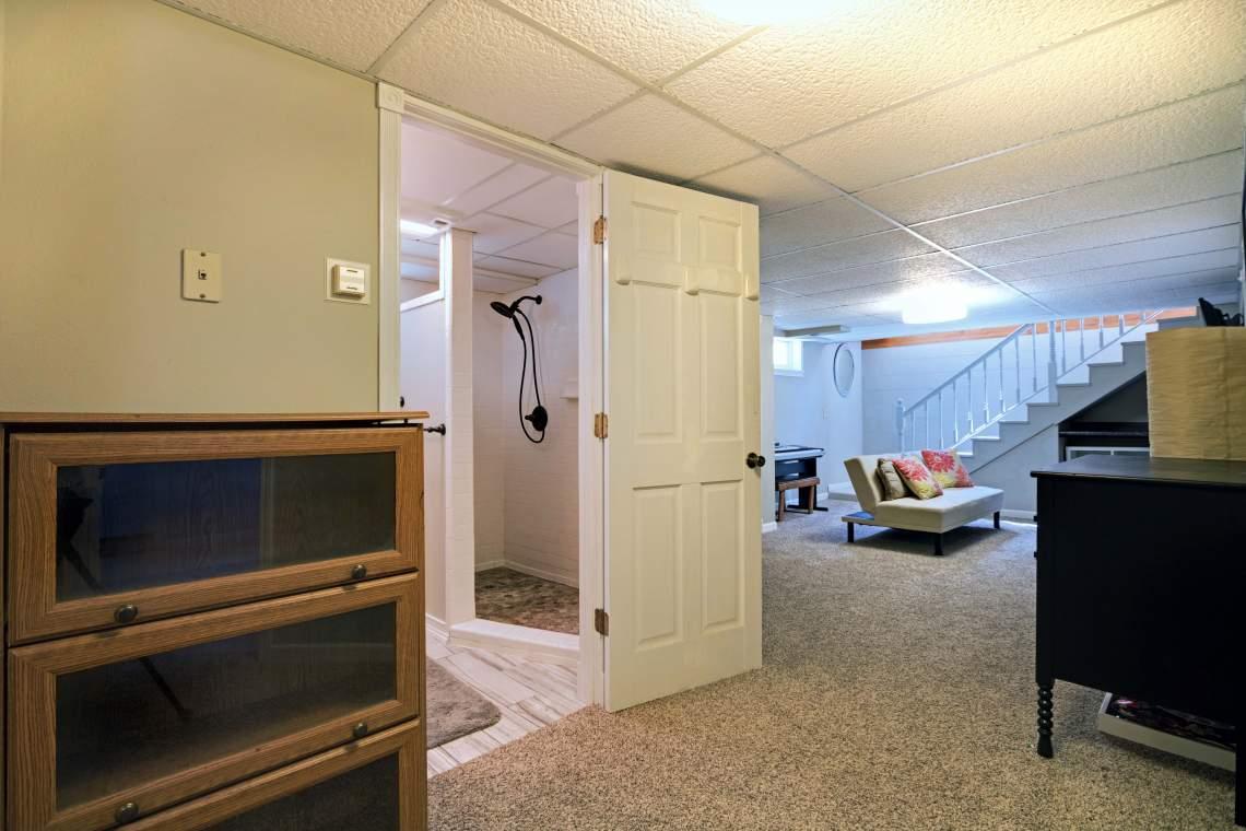 LL Hallway 2
