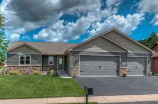 452 Eastview Court, River Falls, WI  54022
