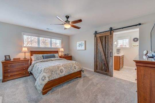 455_Carriage_Ln_Hudson-15-original-Master_Bedroom_540