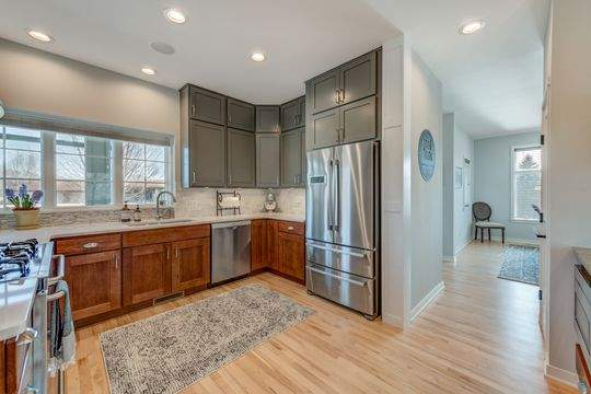 455_Carriage_Ln_Hudson-9-original-Kitchen_540