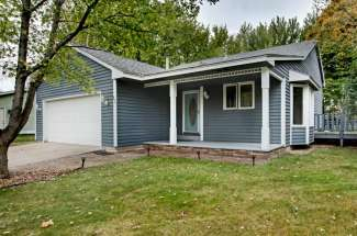 643 Pine Ridge Terrace, River Falls, WI  54022