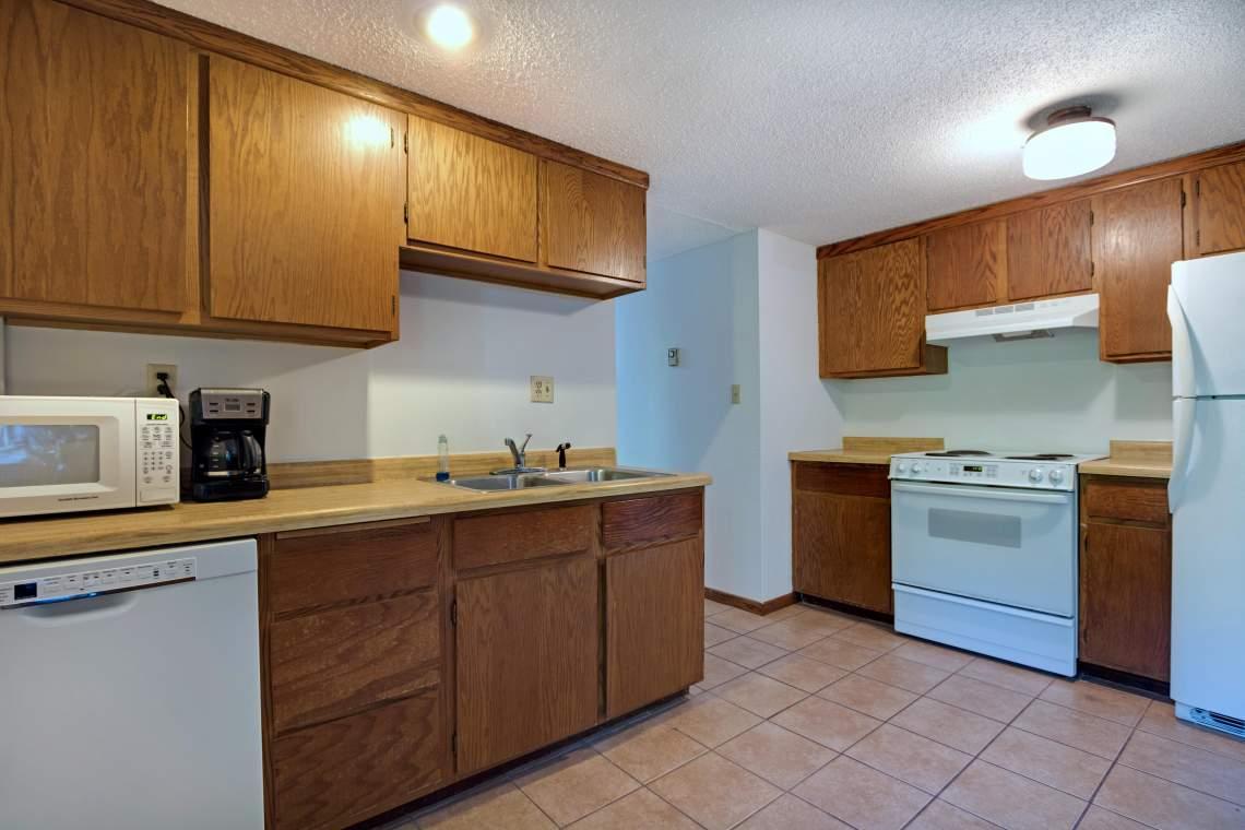 LL Kitchen 2