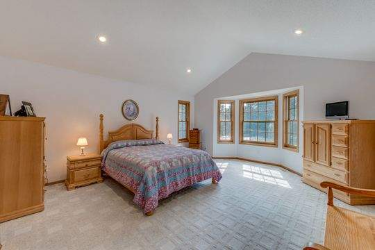 735_Aldro_Rd_Hudson-15-original-Master_Bedroom_540