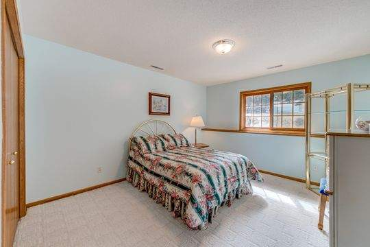 735_Aldro_Rd_Hudson-22-original-Bedroom_540