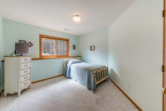 735_Aldro_Rd_Hudson-23-original-Bedroom_540