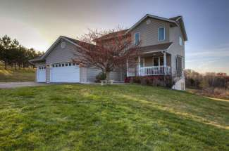 936 65th Ave, Roberts, WI 54023